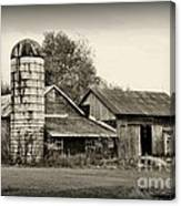 Barn - Old And Run Down Canvas Print