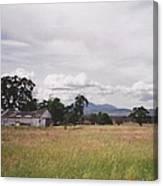 Barn On Hway 84 Canvas Print