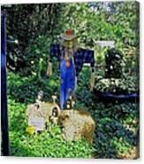 Bayou Crow Scarecrow At Bellingrath Gardens Canvas Print