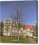 Begijnhof Medieval Courtyard Of Beguines In Amsterdam The Nethe Canvas Print