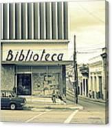 Biblioteca Cubana Canvas Print