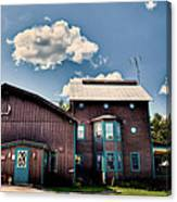 Big Moose Inn Located In Eagle Bay Ny Canvas Print