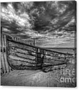Boat Wreckage Bw Canvas Print