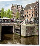 Bridge On Singel Canal In Amsterdam Canvas Print