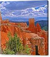 Bryce Canyon's Agua Canyon Canvas Print