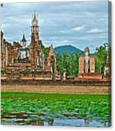 Buddhas At Wat Mahathat In 13th Century Sukhothai Historical Park-thailand Canvas Print