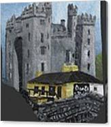 Bunratty Castle And Durty Nellys Canvas Print