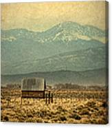 Cabin With Mountain Views Canvas Print