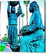 Cahuilla Women Sculpture In Palm Springs-california  Canvas Print