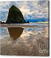 Cannon Beach With Storm Clouds In Oregon Coast Canvas Print