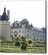 Chateau  Chenonceau And Garden Canvas Print