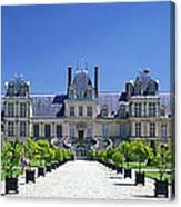 Chateau De Fontainebleau Ile De France Canvas Print