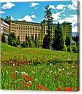 Chateau Lake Louise In Banff Np-alberta Canvas Print