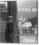 Chicago Barber Shop, 1941 Canvas Print