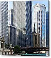 Chicago Il - Chicago River Near Wabash Ave. Bridge Canvas Print