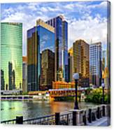 Chicago River & Willis Tower Canvas Print
