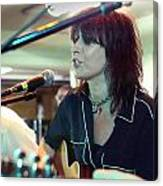 Chrissie Hynde Acoustic By Denise Dube Canvas Print