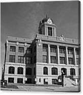 Cooke County Courthouse Bw Canvas Print