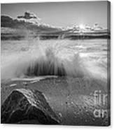 Crashing Waves Bw Canvas Print