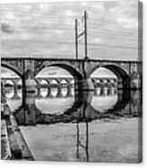 Cv - Susquehanna River Bridge Harrisburg  Pennsylvania In Black  Canvas Print