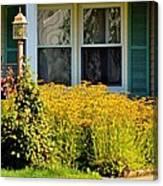 Daisy Entrance Canvas Print