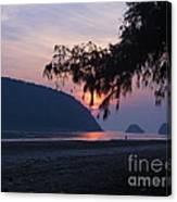 Dawn By The Sea Canvas Print