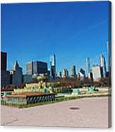 Downtown Chicago With Buckingham Fountain 2 Canvas Print