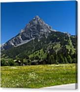 Duendenhorn Mountain Canvas Print