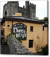 Durty Nellys And Bunraty Castle Canvas Print