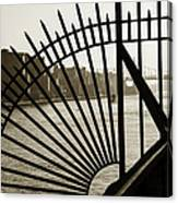 East River Spoke - New York City Canvas Print