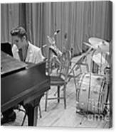 Elvis Presley On Piano Waiting For A Show To Start 1956 Canvas Print