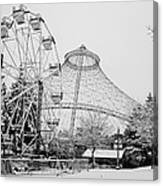 Ferris Wheel And R F P Pavilion - Spokane Washington Canvas Print