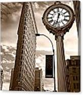 Fifth Avenue Building Canvas Print