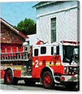 Fireman - Fire Engine In Front Of Fire Station Canvas Print