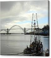 Fisherman At Newport Bay In Oregon II Canvas Print