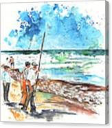 Fishermen In Praia De Mira 02 Canvas Print