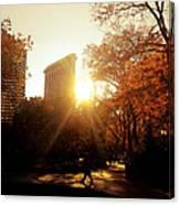 Flatiron Building Sunset - Madison Square Park Canvas Print