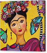 Frida Kahlo And Her Cat Canvas Print