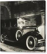 Gangsters Have Alwaystraveled In Style Canvas Print