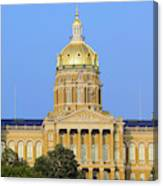 Golden Dome Of Iowa State Capital Canvas Print