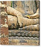 Golden Fingernails On Sitting Buddha At Wat Mahathat In Sukhothai Historical Park-thailand Canvas Print