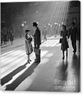 Grand Central Station 1941 Canvas Print