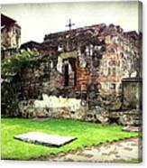 Guatemalan Church Courtyard Ruins Canvas Print