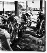 Harley Davidson Touring Motorbikes Including Electra Glide Outside Dealership In Orlando Florida Usa Canvas Print