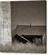 Homestead On The Hill Canvas Print