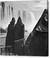 Honeymooners At Niagara Falls Canvas Print