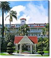 Hotel Del Courtyard Canvas Print