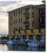 Hotel Sirmione. Lago Di Garda Canvas Print