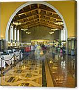 Hussel And Bussel At The Union Train Station Los Angeles Ca Canvas Print