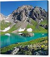 Island Lake And U.s. Grant Peak Canvas Print